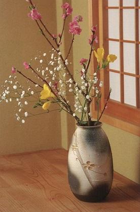 Sannaka-WEST & KINSAI-HANABORI long flower vase